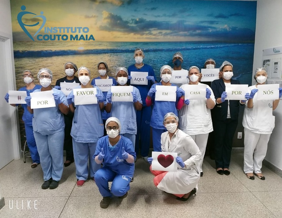 """Profissionais do ICOM reforçam a campanha """"Fiquem em Casa"""""""