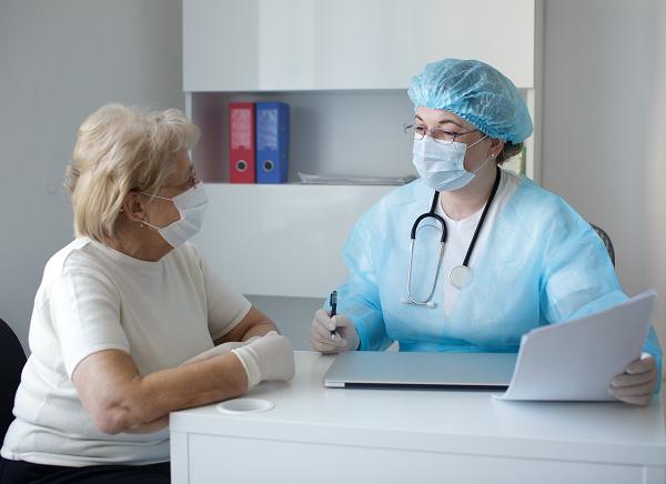 A infecção conjunta de tuberculose e Covid-19 potencializa o risco de agravamento